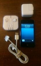 Apple iPod touch 4th Generation Black (32 GB)  1