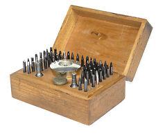 Altes Uhrmacher Werkzeug Boley Triebnietmaschine mit Zubehör Watchmaker
