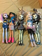 Monster High Doll Lot Of 5 With Clothes & Shoes