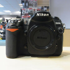 Used Nikon D200 DSLR Body (34,706 actuations) - 1 YEAR GTEE