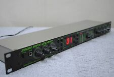 ZOOM RFX-2000 DIGITAL REVERB & MULTI EFFECTS Processor Rack mount effects