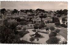 soulac-sur-mer  cote d'argent  vue panoramique sur le quartier de hotel de ville