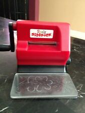 Sizzix SIDEKICK Machine for Sizzlits, Decorative Strips, Embosslits, Cut Pad