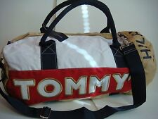 TOMMY HILFIGER KHAKI WHITE RED CLASSIC LOGO LARGE BOSTON DUFFLE GYM BAG CANVAS