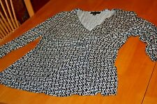XL Dana Buchman 3/4 Sleeve Black w/White Design Blouse/Ruche on side/Preowned