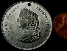 R809: 1887 British Royal Family Medal in White Metal. Victoria, Empress of India