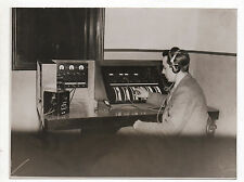 PHOTO Vintage - KEYSTONE London Standard Standardiste Casque Ecoute Métier 1930