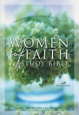 Women of Faith Study Bible : Experience the Liberating Grace of God (2001,...