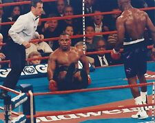 EVANDER HOLYFIELD vs MIKE TYSON 8X10 PHOTO BOXING PICTURE TYSON TAKES A SEAT