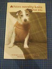 Patons Novedad knits & Bits 12 Diseños tejer patrones de ganchillo ropa para mascotas