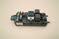 GENUINE VOLVO S40 V40 1996-2004 FUSE BOX AND RELAYS 30889989