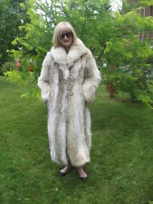 #A6 GOTA HAVE IT COYOTE FUR COAT LIGHT BROWN & WHITE& BLACK SMALL 7/8