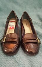 Bandolino Brown Croco Glossy Tallow Loafer Pumps Size 5.M