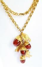 VINTAGE STYLISH 1980s NAPIER GOLD TONE LEAF & ACORN CLUSTER LONG NECKLACE