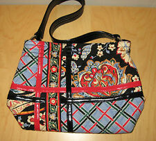 VERA BRADLEY VERSAILLES CROSSROADS SHOULDER BAG. GREAT CONDITION.