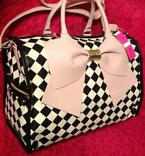 BETSEY JOHNSON WEEKENDER BOW HARLEQUIN CHECKER BLUSH PINK DUFFLE BAG LUGGAGE NEW