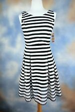 NEW INC INTERNATIONAL CONCEPTS black white striped fit n flare pleated dress S