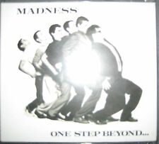 CD + DVD 35th Anniversary Edition One Step Beyond - Madness ------- Ska oi Punk