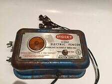 Vintage Stocky Livestock Cattle Electric Fencer Industrial. Super Fast Free Ship