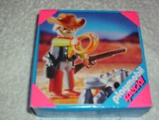 PLAYMOBIL 4665 WESTERN COWBOY WITH ACCESSORIES    - BRAND NEW