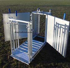 SHEEP DOCKING CRATE