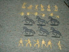 Airfix 1/32 54mm Cowboys x24 pieces  old 1970's issue figures