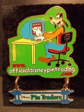 WDW DISNEY Pin Traders Series - Official Pin Trading Website Goofy Dangle LE