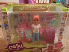 Polly Pocket Designables Mix and Match Electronics Shop with Lea Doll NEW