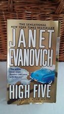 Stephanie Plum Novels Ser.: High Five 5 by Janet Evanovich (2000, Paperback)