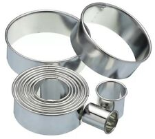 Kitchen Craft Plain Round Biscuit, Pastry Cookie Cutters & Storage Tin Set of 11