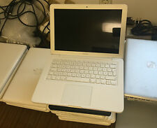 "MacBook 13,3"" (33cm)  2,4GHz Core 2 Duo 2GB RAM 250 GB HDD 2010 weiss El Capitan"