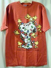 NEW Red Peanuts Snoopy Friends Brighten the Holiday Season T-Shirt Size M