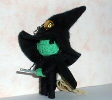 WICKED WITCH WIZARD VOODOO STRING DOLL HANDMADE HANDCRAFT KEYCHAIN KEYRING TOY