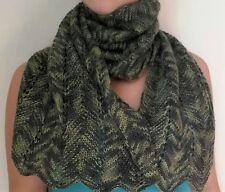 sciarpa invernale fatta a mano ai ferri,colore multicolore verde