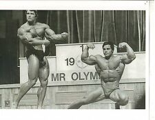 Arnold Schwarzenegger /Franco Columbu 1975 Mr Olympia Contest Photo B&W #2