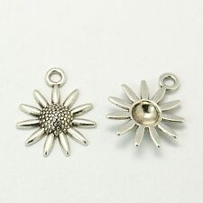 10 FLOWER PENDANTS / CHARMS 22mm - Tibetan Silver / Metal Alloy