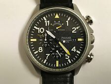 Beautiful Men's Pulsar Chronograph Military Style Wristwatch