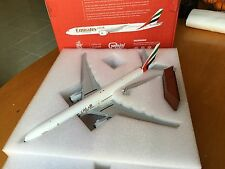 Gemini 1/200 diecast Emirates Boeing 777-300ER Awesome
