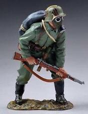 THOMAS GUNN WW1 GERMAN GW046A READY TO ADVANCE IN GAS MASK MIB
