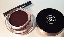 CHANEL ILLUSION D'OMBRE MATTE LONG-WEAR LUMINOUS EYESHADOW 81 Fantasme