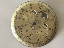 UNIVERSAL GENEVE VINTAGE TRI-COMPAX CHRONOGRAPH TRIPLE CALENDAR MOON PHASE DIAL