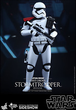 HOT TOYS STAR WARS FIRST ORDER STORMTROOPER OFFICER / SIXTH SCALE
