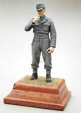 Hornet 1/35 German Soldier Wearing M44 Uniform M43 Cap Standing WWII [Metal] GH6