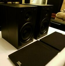JBL Loft 30 Bookshelf Speakers, pair, black