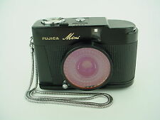 Fujica Mini half-frame 35mm Black Sub-Miniature 1950s camera w/ 25mm/f2.8 lens