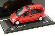 Mercedes-Benz Vaneo (W414) Baujahr 2001 rot 1:43 Minichamps