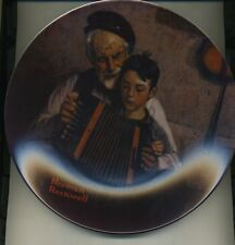 MUSIC MAKER 1981 EDWIN KNOWLES COLLECTOR PLATE