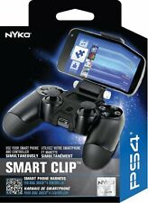Nyko PS4 Smart Clip for PS4 Game Controller and Smart Phone