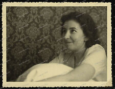 Foto-Vintage-Portrait-Frau-Cute-German-Woman-Girl-Lady-1940-1