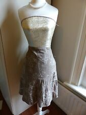 Ann Taylor Petites size 4P (UK 8P) brown skirt with cream embroidery